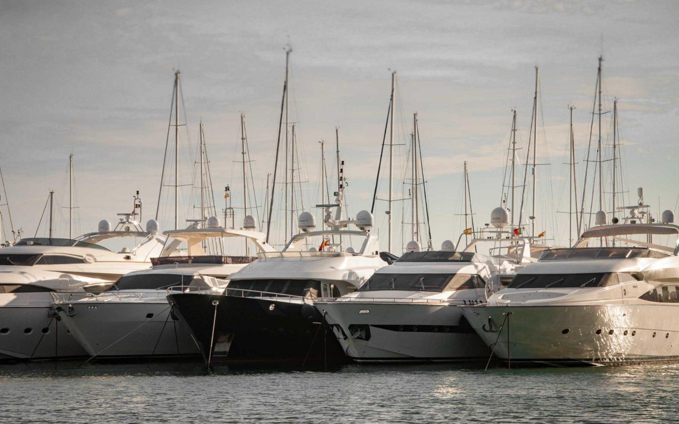 Yacht Management App yachts